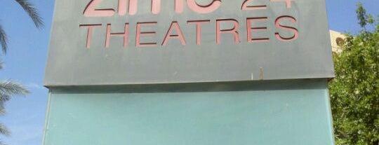 AMC Arizona Center 24 is one of Orte, die Kris gefallen.