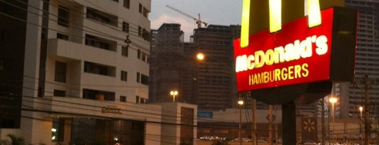 McDonald's is one of Distrito Federal - Comer, Beber.
