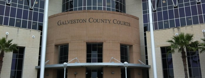 Galveston County Justice Center is one of Tempat yang Disukai Gregory.