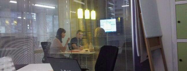 Estúdio Capanema - Coworking e desenvolvimento de negócios is one of Espaços de Coworking.