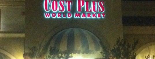 Cost Plus World Market is one of Lieux qui ont plu à Barry.