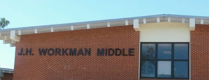 Workman Middle School is one of B David 님이 좋아한 장소.