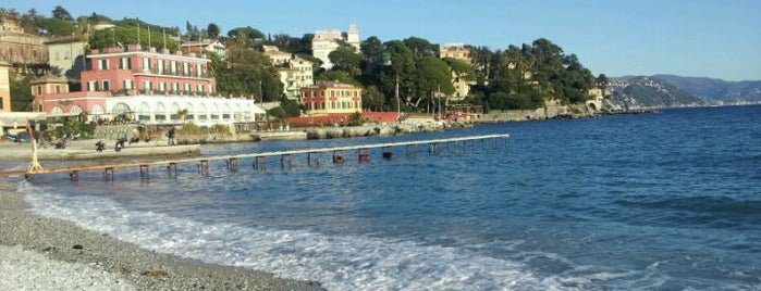 Lungomare di Santa Margherita Ligure is one of Nihatさんのお気に入りスポット.