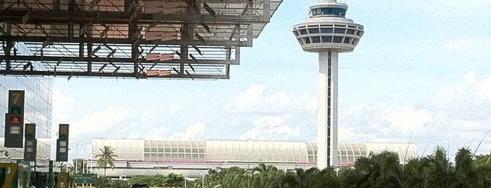 Международный аэропорт «Чанги» (SIN) is one of Airports I've flown thru.