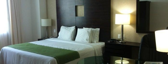 Holiday Inn Express is one of Karli : понравившиеся места.