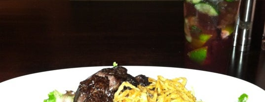 Pyramid Restaurant & Bar is one of * Gr8 Fine Dining—Kurt's Upscale Faves In Dal!.