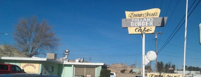 Emma Jean's Holland Burger Cafe is one of California Travel Tips - 님이 저장한 장소.