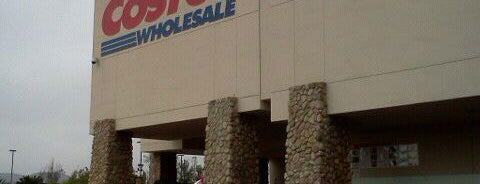 Costco Wholesale is one of Tempat yang Disukai Let.