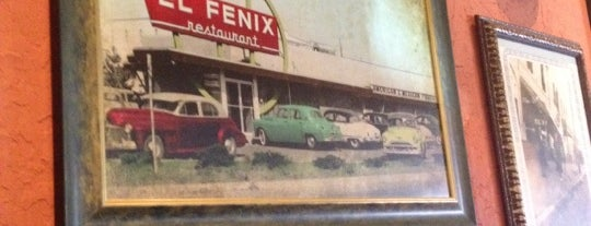 El Fenix is one of Lieux qui ont plu à Jenny.