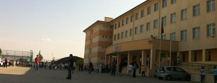 Çankaya İMKB Otelcilik ve Turizm Meslek Lisesi is one of Posti che sono piaciuti a Mustafa.