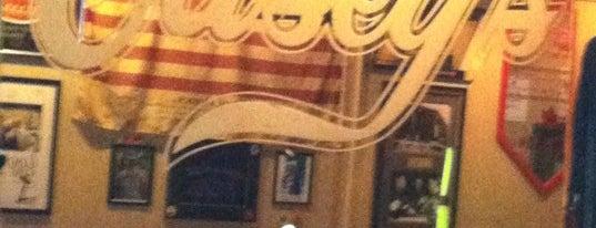 Casey's Pub is one of สถานที่ที่ Emeka ถูกใจ.