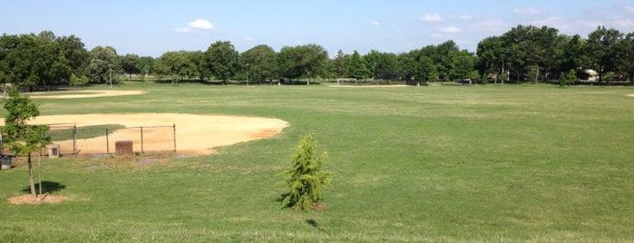 Juniper Valley Park Track is one of Joggernaut (NY).