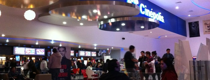 Cinépolis is one of Lugares favoritos de Jose.