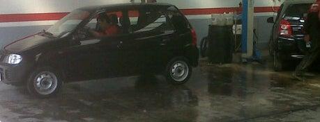 Suzuki Sermaco is one of Locais curtidos por Javier.