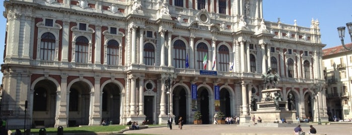Piazza Carlo Alberto is one of Lieux qui ont plu à Ali Can.