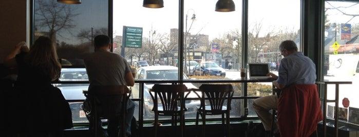 Starbucks is one of Locais curtidos por Ross.