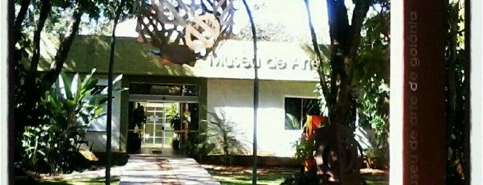 Museu de Arte de Goiânia (MAG) is one of Pontos Turisticos Essenciais Goiania.
