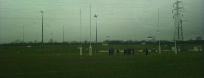 Luton Rugby Club is one of Lieux qui ont plu à Carl.