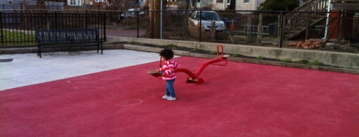 Little Hands Playground is one of The District with kidlets.