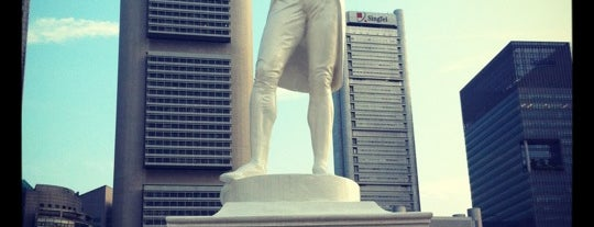 Sir Stamford Raffles Statue (Raffles' Landing Site) is one of Guide to Singapore's best spots.