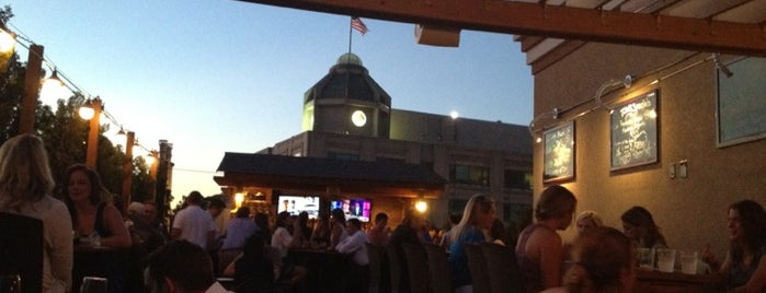 Arlington Rooftop Bar & Grill is one of Do this in DC.