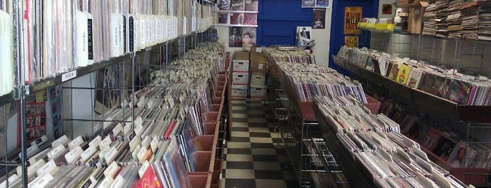 Dave's Records is one of Chicago.