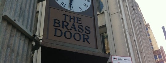 The Brass Door is one of Locais salvos de Molly.