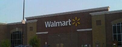 Walmart Supercenter is one of Julia : понравившиеся места.