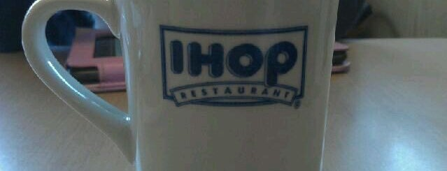 IHOP is one of Tempat yang Disukai Rachel.