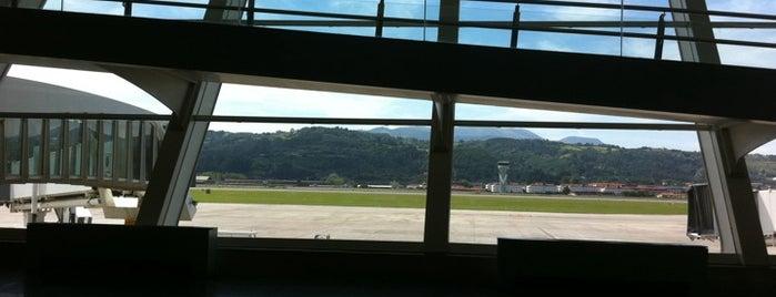 Аэропорт Бильбао (BIO) is one of Airports in SPAIN.