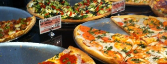 Pizza Mercato is one of Places to Use Campus Cash.