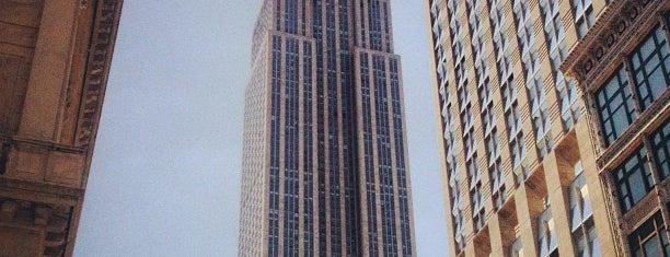 Empire State Binası is one of To-Do NYC.