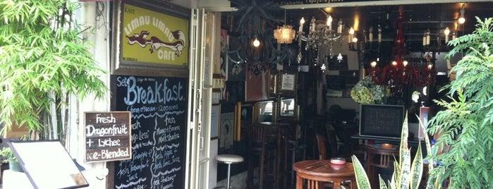 Limau-Limau Cafe is one of Caffeinating.
