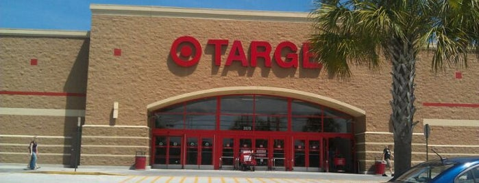 Target is one of Lugares favoritos de Sarah.