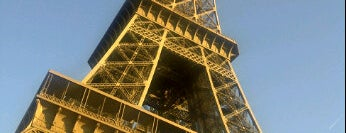 Torre Eiffel is one of The Ultimate Bucket List.