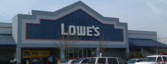 Lowe's is one of Annette'nin Beğendiği Mekanlar.
