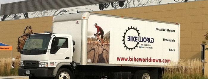 Bike World is one of Evan[Bu] Des Moines Hot Spots!.