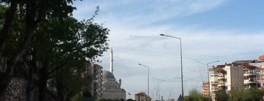 Fatih Sultan Mehmet Bulvarı is one of Best places in Bursa, Türkiye.