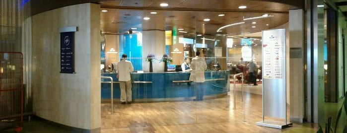 KLM Crown Lounge 25 (Schengen) is one of Ciarán 님이 저장한 장소.