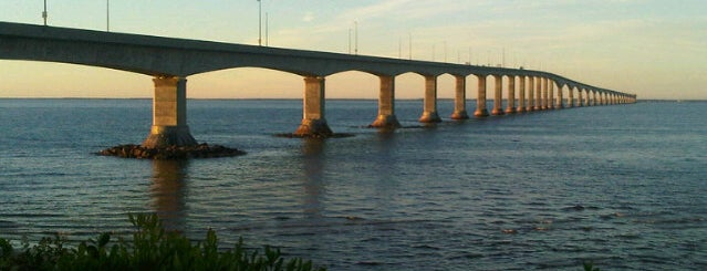 Confederation Bridge is one of Tempat yang Disimpan Sevgi.