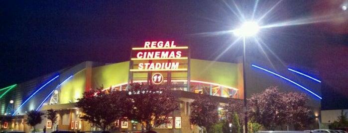 Regal Willamette Town Center is one of Tempat yang Disukai Brian.