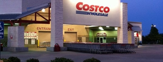Costco is one of Lugares favoritos de Jim.