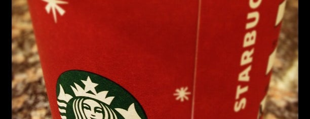 Starbucks is one of สถานที่ที่ Liz ถูกใจ.