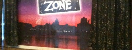 Harrisburg Comedy Zone is one of Posti che sono piaciuti a Joseph.
