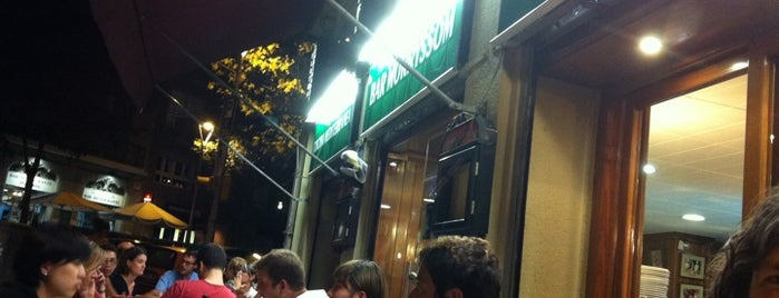 Bar Morryssom is one of Bars i restaurants de Barcelona que SI.