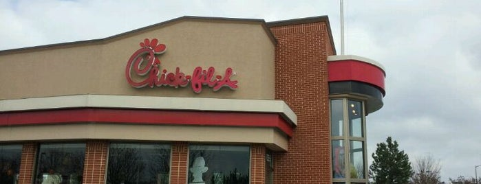 Chick-fil-A is one of Lieux qui ont plu à Charley.