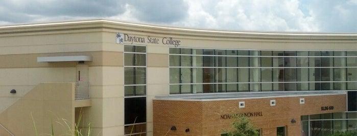 Daytona State College is one of Cross'un Beğendiği Mekanlar.