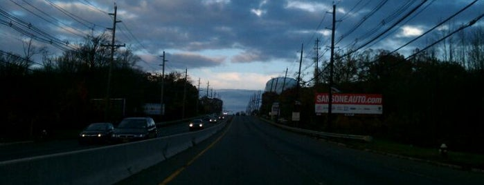 US Route 1 Northbound is one of Travel Bucket List.