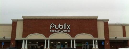 Publix is one of Locais curtidos por Ann.