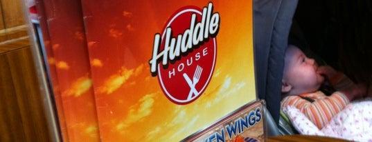 Huddle House is one of Locais curtidos por Caitlin.